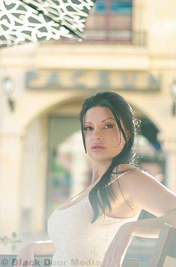 Photoshoot with Stephanie outside at Tivoli Village by Black Door Media