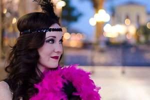 Photoshoot with Jenny recreating a 1920's flapper girl experience
